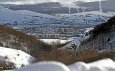 La comarca campurriana pierde 1.943 habitantes en una década