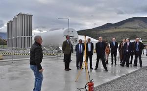 Naturgas inaugura su nueva planta de gas licuado en Arenas de Iguña