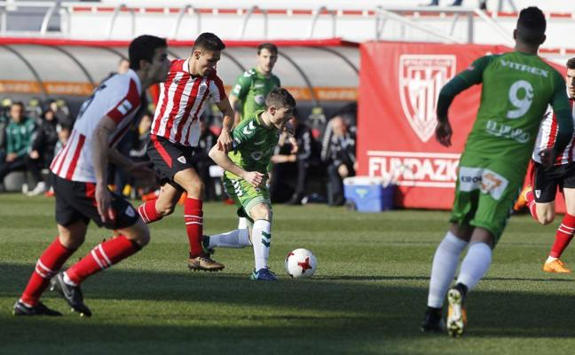 Sigue en directo el Athletic B-Racing