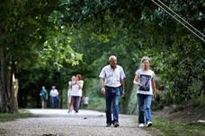 Barrio Covadonga critica la «dejadez» en aprobar la normas del ANEI de La Viesca