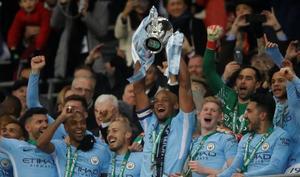 Guardiola saborea y golea en su primer título con el City