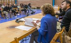 Marina de Cudeyo dice que el Ejecutivo hará «el ridículo» si recurre el sorteo de empleos