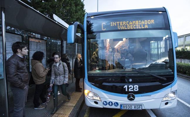 Gema Igual propone eliminar los transbordos del MetroTUS «en horas punta»