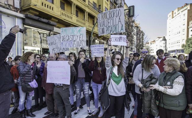 La Federación de Vecinos convoca una nueva manifestación contra el MetroTUS