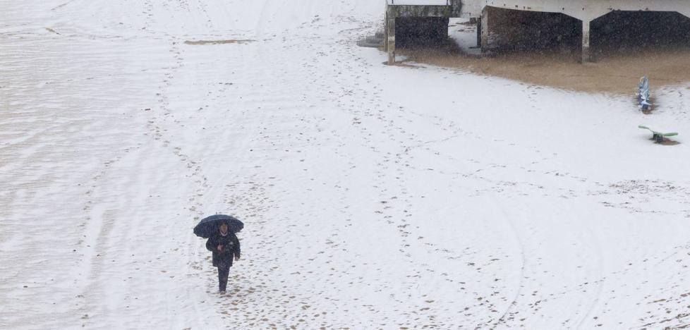 Febrero, el mes «extremadamente húmedo» en el que nevó en Santander