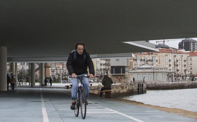 Los ciclistas impulsan un «decálogo de la bicicleta» para fomentar su uso