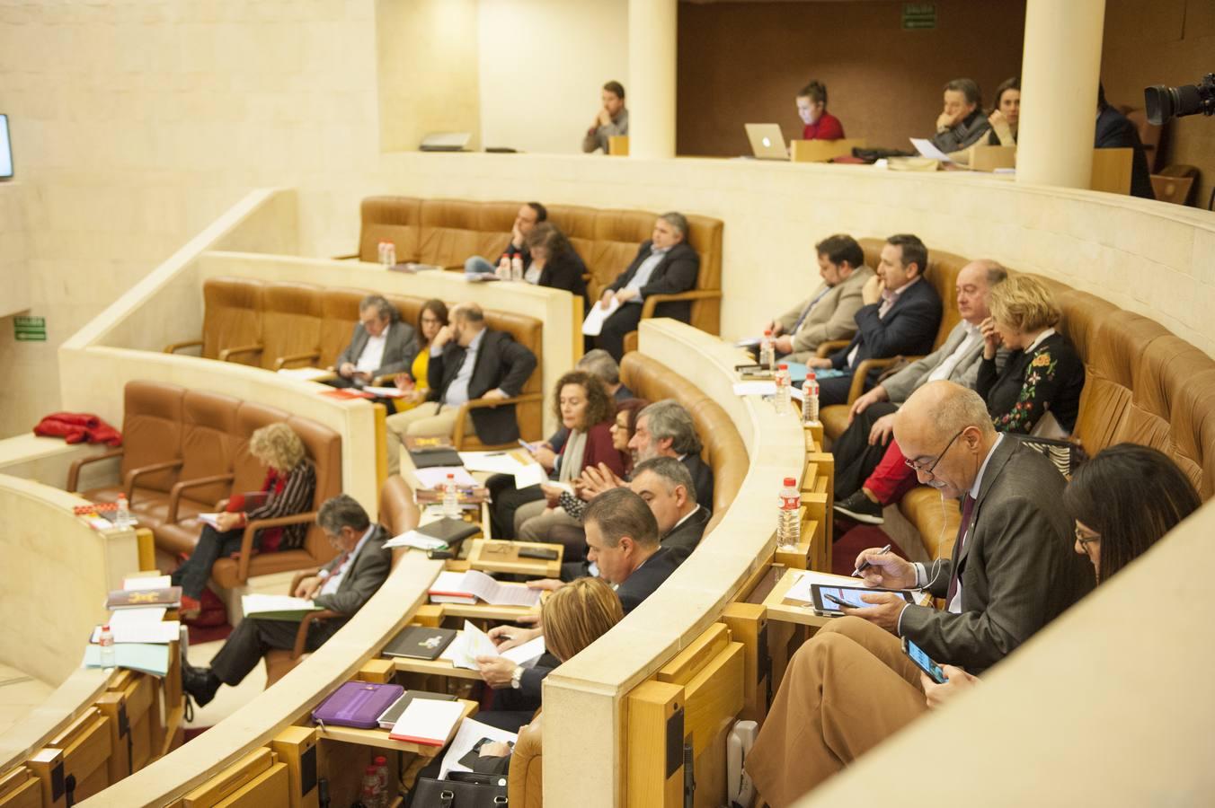 El Parlamento aprueba la Ley de Transparencia de Cantabria