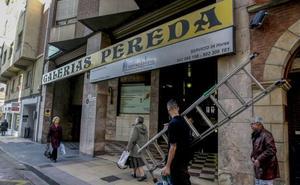 Torrelavega expropia cuatro locales bajo el Cine Pereda para ampliar el ayuntamiento