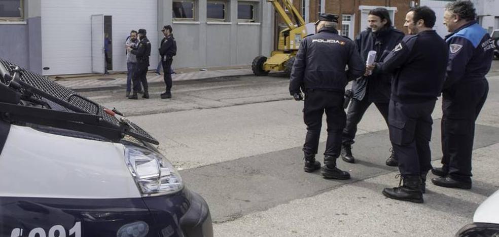 Redada policial en Raos en una operación internacional relacionada con el comercio irregular de almeja