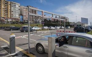 El Palacio de Festivales restringe el uso de sus dos aparcamientos