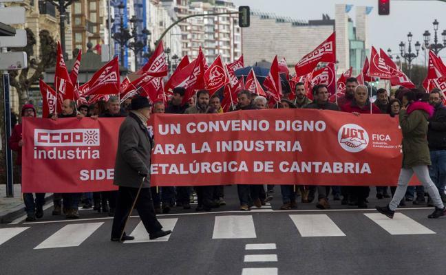 UGT y CCOO acusan a Pymetal de retrasar el nuevo convenio colectivo del metal en Cantabria