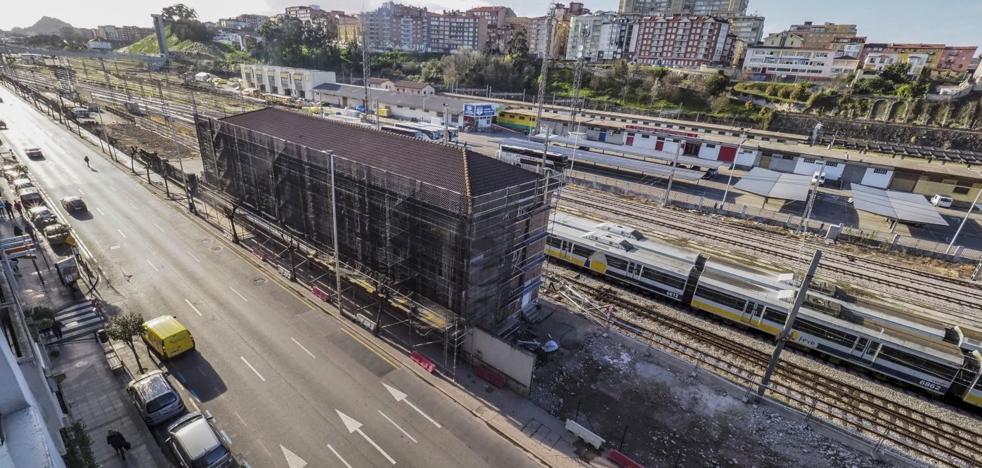 El derribo de las naves ferroviarias dará paso a un parque de 1.500 metros