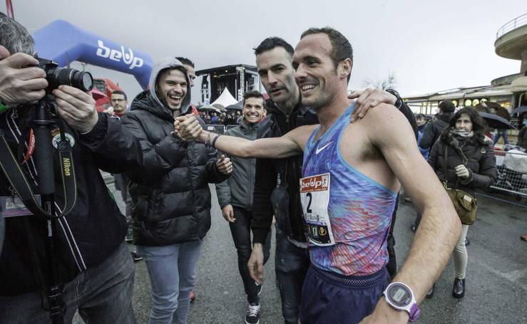 Toni Abadía bate en Laredo el récord de España de 10 km en ruta