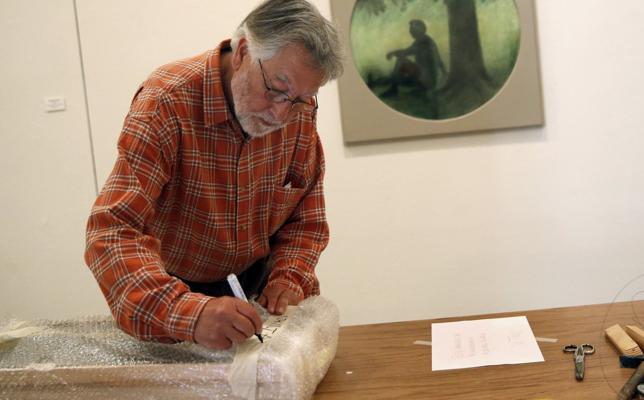 'Un mar de pintura' inundará Santillana con la creación de Melquiades Álvarez