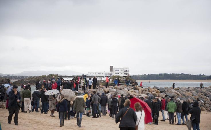 Protesta por la construcción de los espigones de La Magdalena