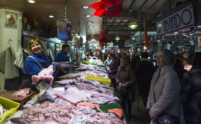La empresa Proyelec renovará la iluminación interior del Mercado de la Esperanza
