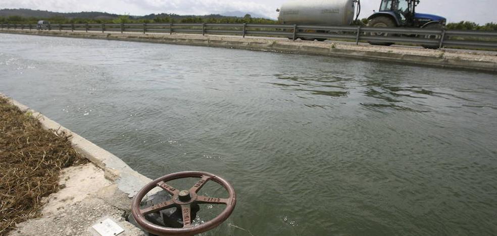 El Gobierno apunta a los trasvases para solucionar los problemas hídricos