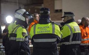 Los policías locales de Cantabria se movilizan para exigir la jubilación a los 60 años