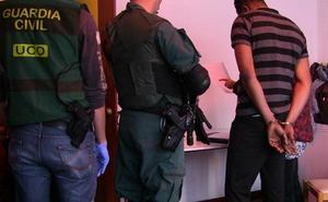89 detenidos, varios en Cantabria, en el golpe a la mafia nigeriana más importante desarrollado en Europa