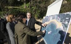 Las acciones contra los espigones se multiplican y Gema Igual insiste en que «queremos que haya playa y hay que actuar»