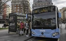 Bolsas de basura azul en ventanas para mostrar «descontento» con el MetroTUS
