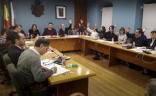 PRC y PSOE defienden la fortaleza de sus pactos pese al choque en El Astillero, Reocín y Molledo