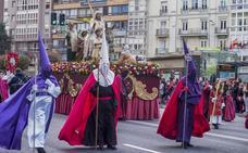 La procesión del Resucitado cierra hoy los actos religiosos por Semana Santa