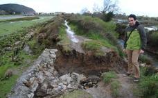 Santoña elabora un proyecto para reparar el dique de Bengoa