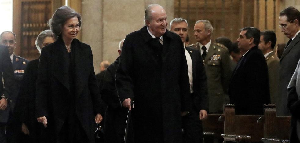 Concluye con éxito la operación de rodilla del Rey Juan Carlos