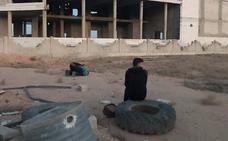 El régimen sirio anuncia un acuerdo para que los rebeldes salgan de Duma