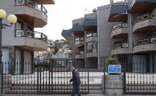 Los vecinos del Tenis iniciarán acciones penales contra quienes «pongan en riesgo el edificio»