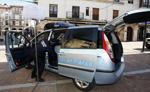 La Policía Local de Torrelavega refuerza sus controles de alcoholemia con una furgoneta móvil y adquirirá un 'drogotest'