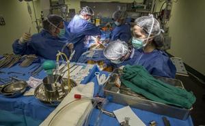 Valdecilla ayuda a Aragón a mitigar la lista de espera para cirugías cardiacas