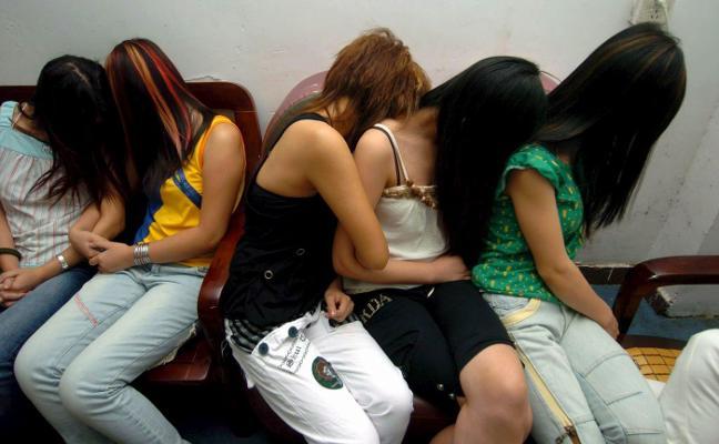 La prostitución se traslada a los pisos relax, «más difíciles de controlar», según la Policía