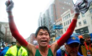 El japonés Kawauchi triunfa en el Maratón de Boston
