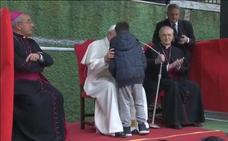 El papa responde a un niño que le preguntó si su padre ateo está en el cielo