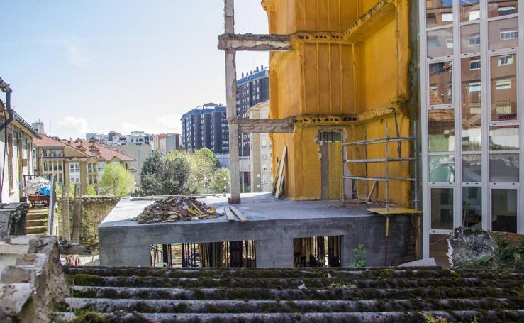 Avanzan las obras en el edificio caído de la calle Sol