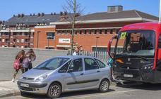 Alumnos de Sámano, Otañes y Santullán no tendrán autobús el próximo año para ir al nuevo instituto