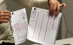 Sanidad anula 17 preguntas del examen de médicos para arreglar el suspenso masivo