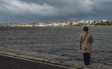 Ciudadanos propone proteger la bahía de Santander de «atrocidades como las que se están cometiendo»