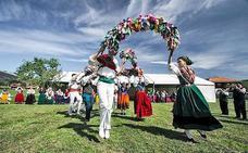 Un día repleto de folclore en la cuarta edición de Rumiría Cántabra de Hermosa