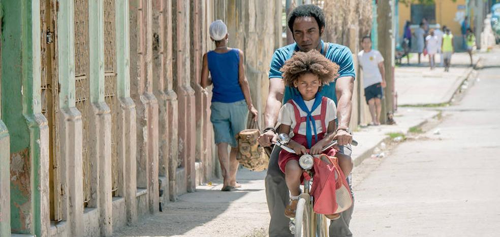 'Sergio & Serguéi', de la luna a Cuba
