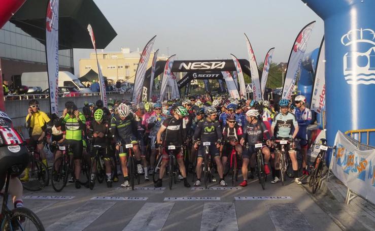 1.800 corredores toman la salida en La Cantabrona