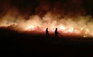El incendio de Los Tojos, que ha quemado más de cien hectáreas, ya está bajo control