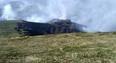 Un incendio provocado en Los Tojos lleva arrasadas más de cien hectáreas de roble y matorral
