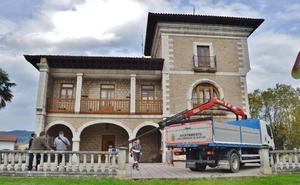 Los Corrales cerró 2017 con un superávit de 2,2 millones de euros