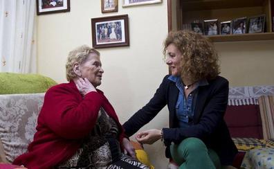 Torrelavega renueva la ayuda a domicilio por cinco años