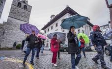 La lluvia y el frío condicionan la ocupación hotelera, que sólo supera el 70% en Santander y Potes