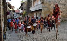Los títeres vuelven a Santillana del Mar con 13 espectáculos de Australia, Francia y Perú