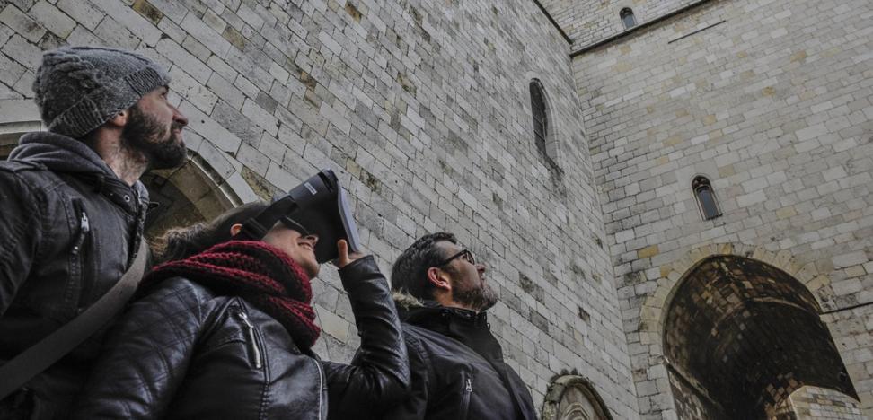 Tres emprendedores cántabros lanzan una plataforma de realidad virtual para facilitar el aprendizaje de la Historia